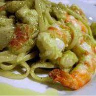Immagine ricetta Linguine con gamberi e pesto di zucchine